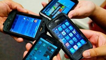 1354462167_1204_smartphones